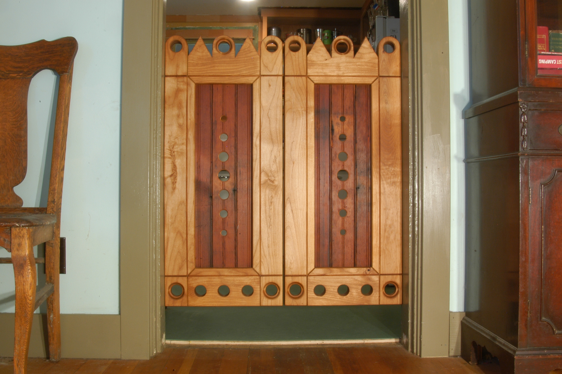 1200 #714122 This Gorgeous Redwood Gate By Companion Woods Inlay Features A  wallpaper Making Wood Doors 16051805