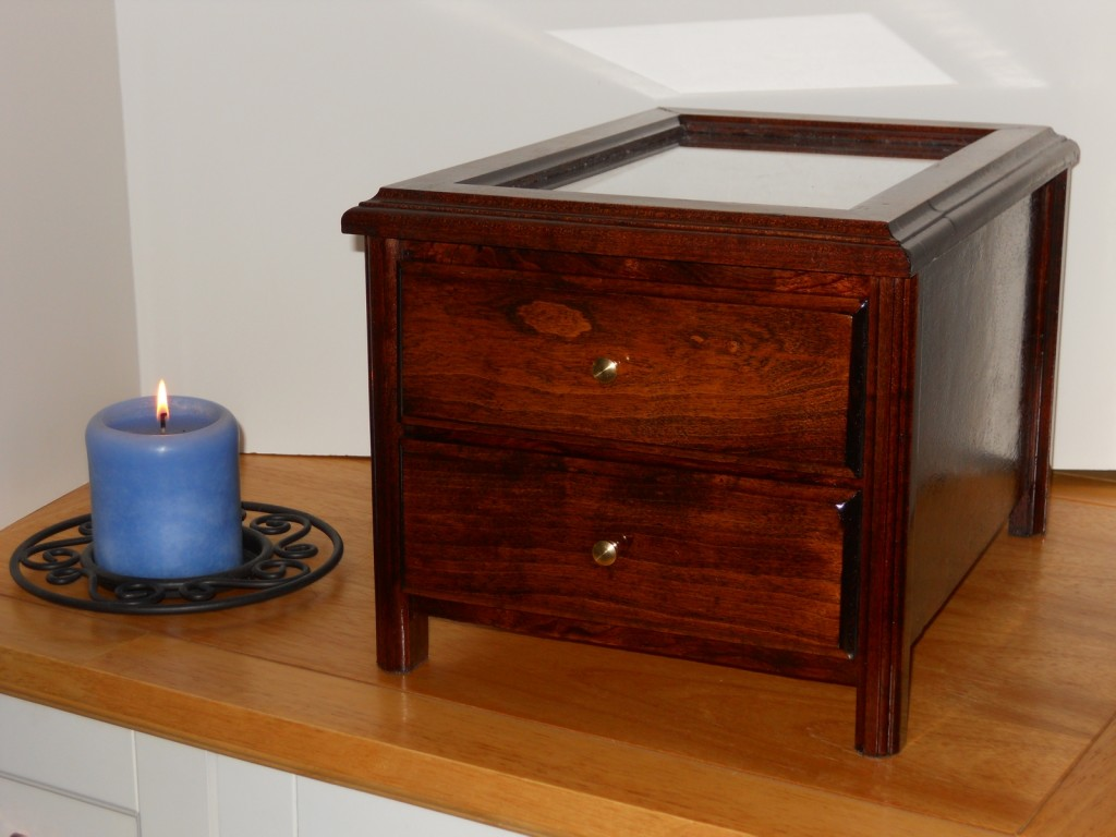 Small Humidor by Zahn's Woodworking at CustomMade.com
