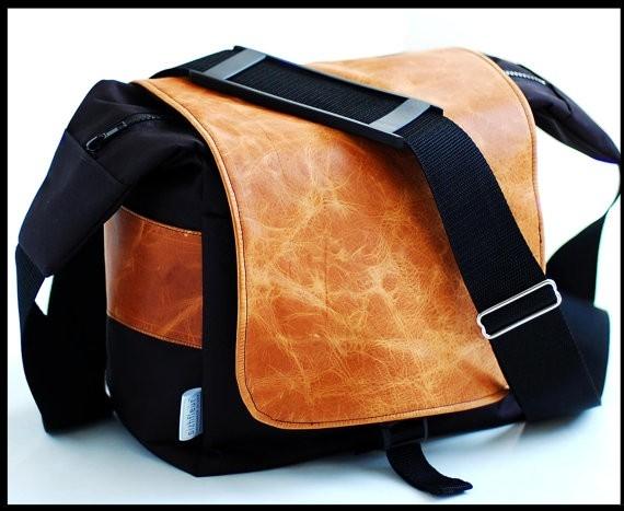 dzgy23EYSW2OAxCm29xB_Urban-Style-Unisex-Bag-by-Sizzlestrapz-at-CustomMade.com_.jpg