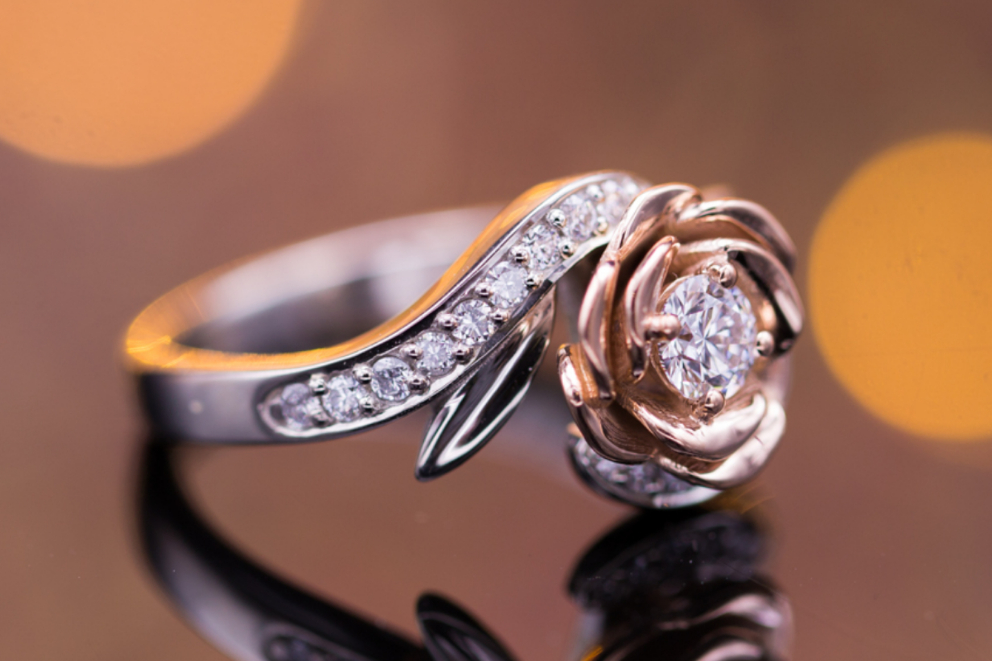 Rose engagement ring with mixes white and rose gold